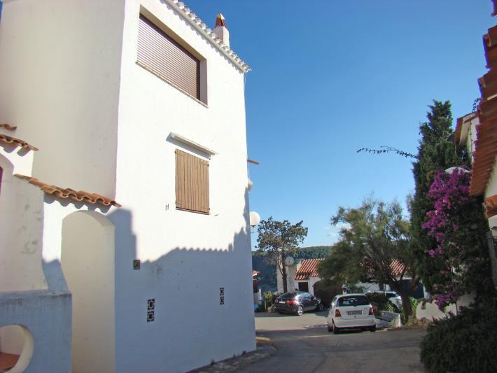 Casa pareada1 - Ref. 17C