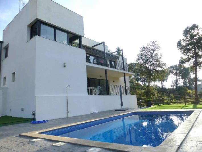 Casa aïllada | Xalet1 - Ref. CB-3158